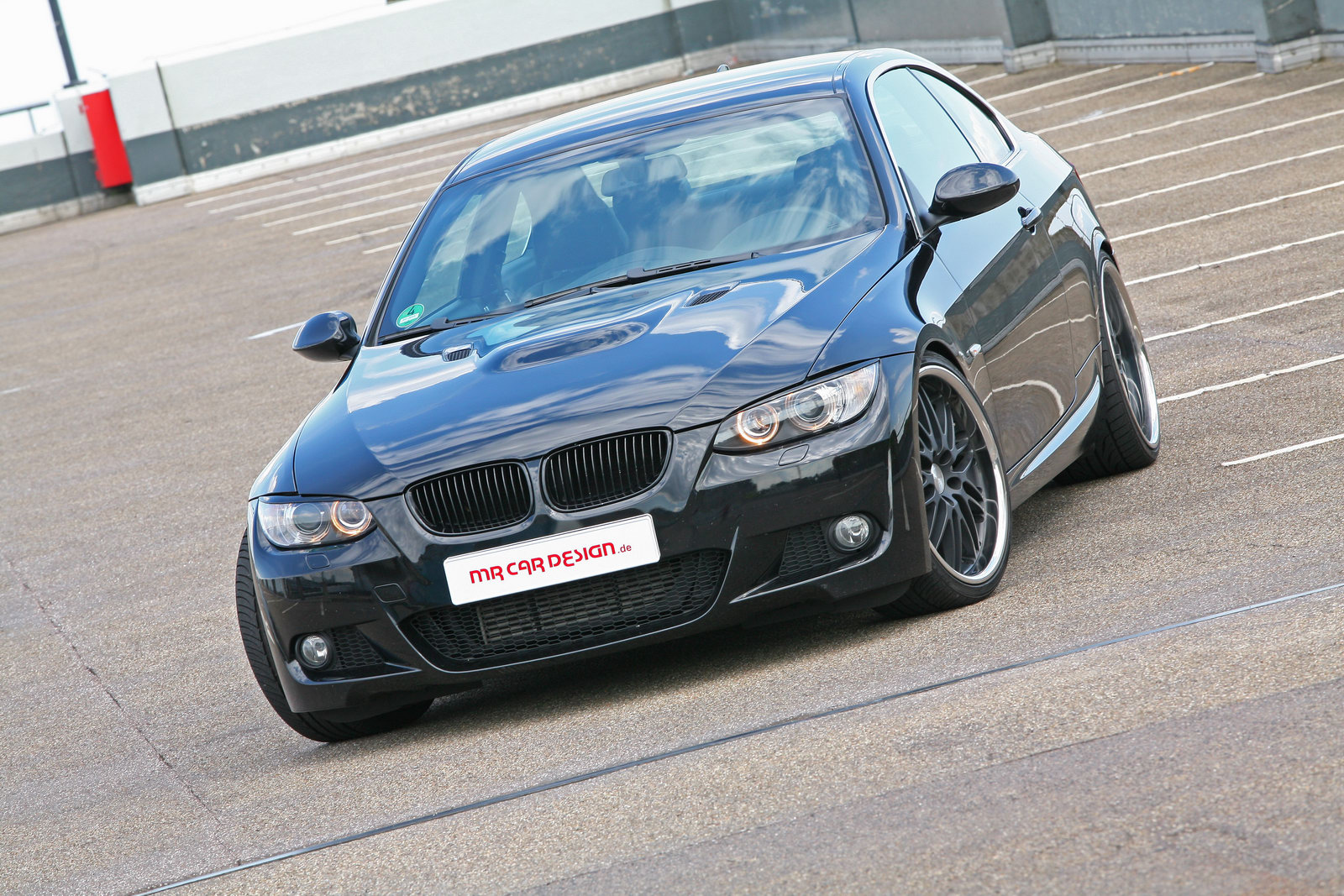 BMW 335i MR Car Design