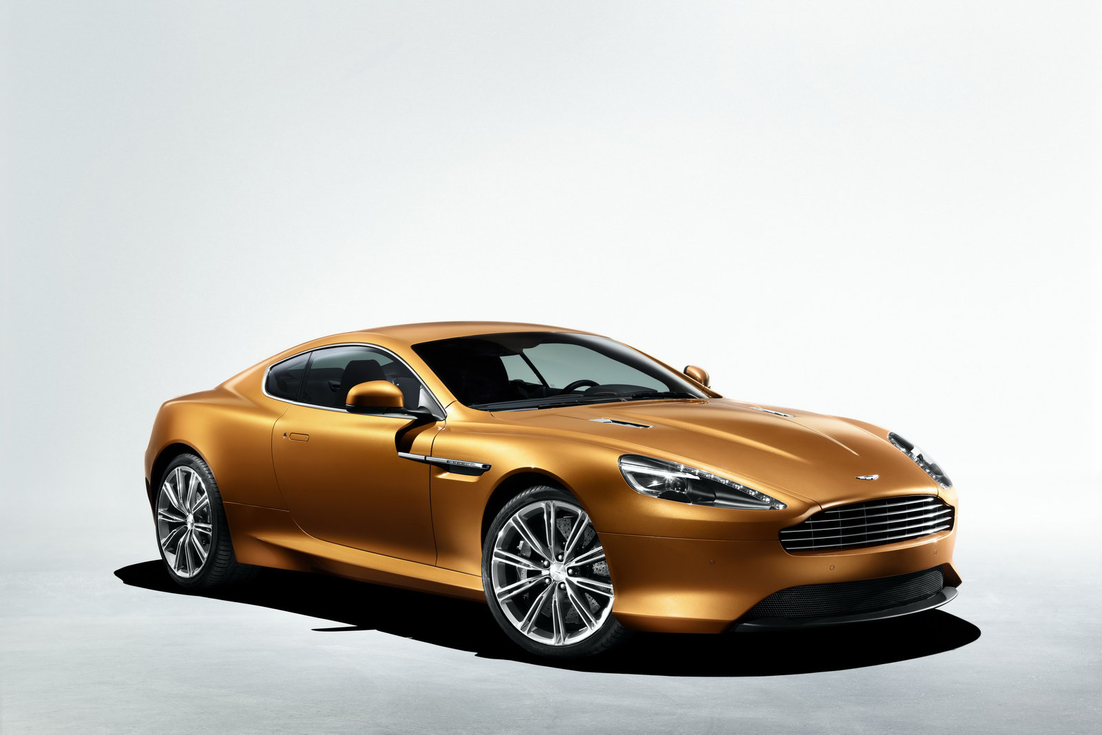 The new Aston Martin Virage revealed