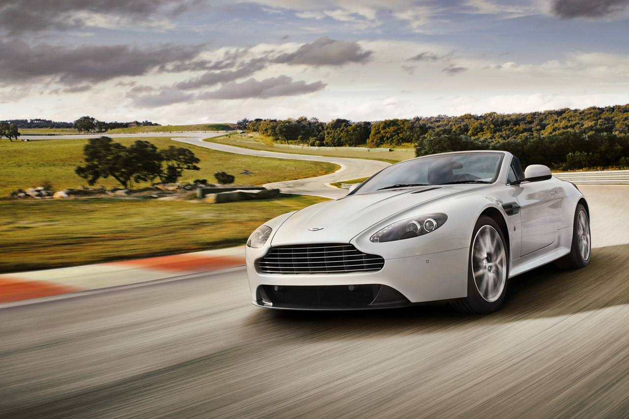 Aston Martin opens new dealership, an Indian one