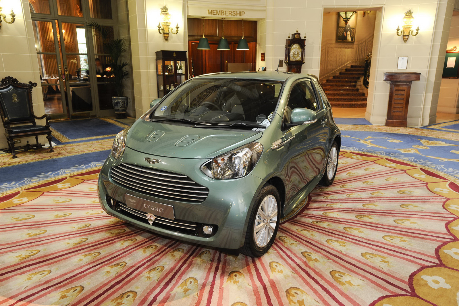 Sir Stirling Moss joins Aston Martin Cygnet client list