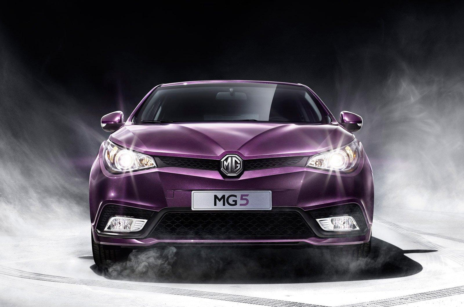 MG officially unveiled the 2013 MG5