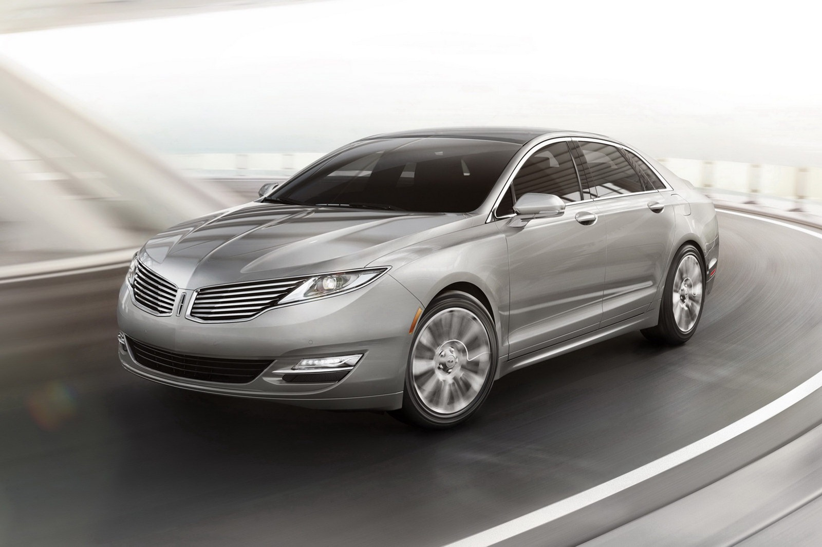 Lincoln prices the new 2013 MKZ sedan $35,925