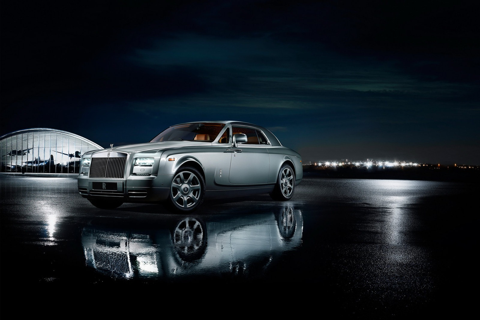 Rolls-Royce Phantom Coupe Aviator edition unveiled