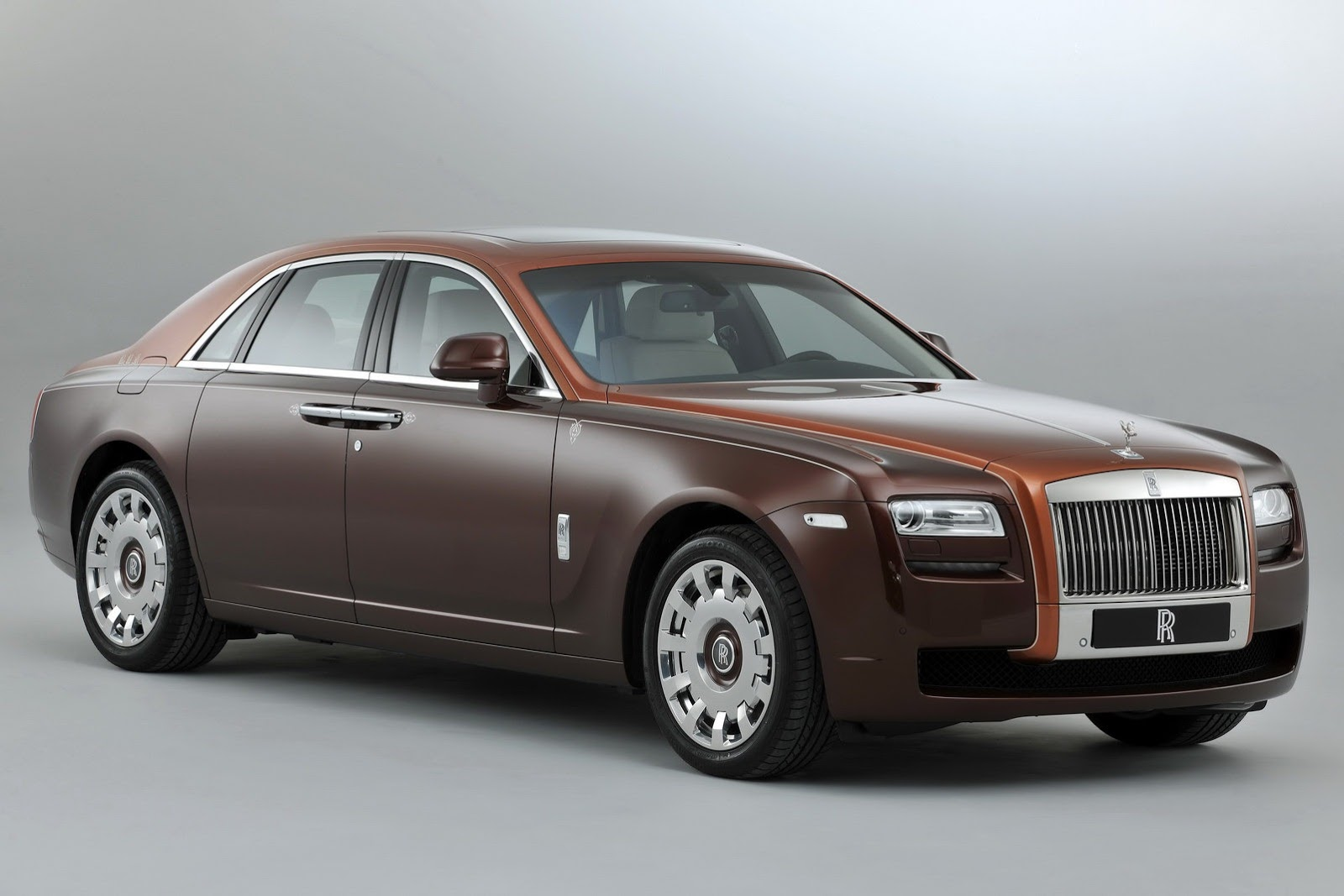 Rolls Royce Ghost wants more Middle Eastern Clients