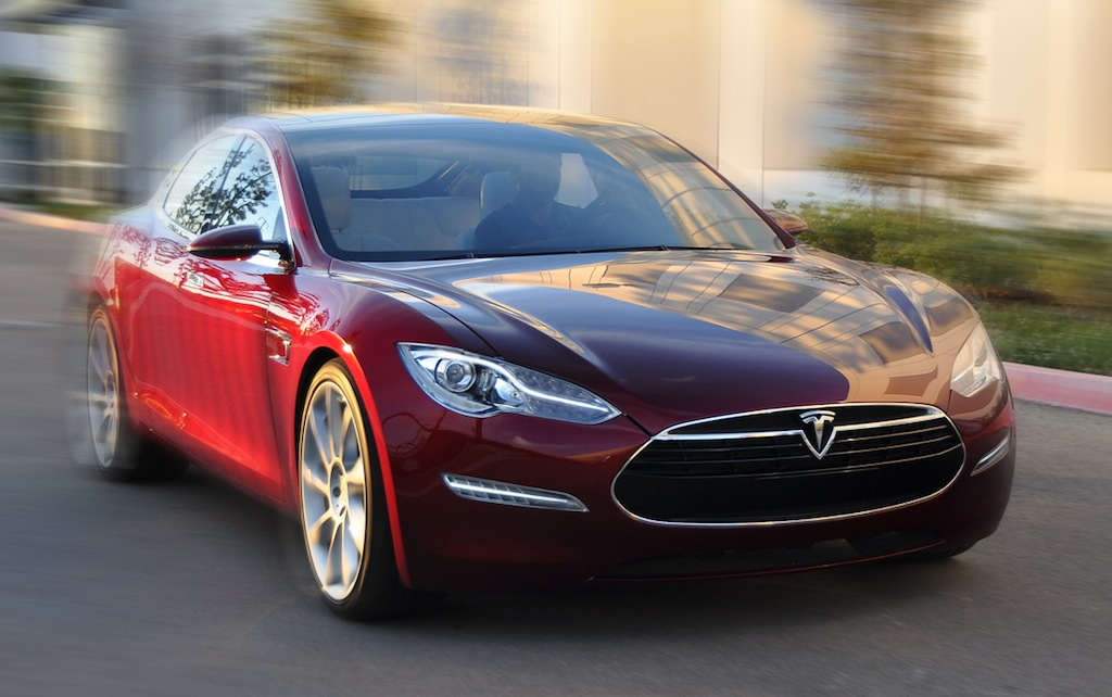 Tesla Model S gets new highs and new low