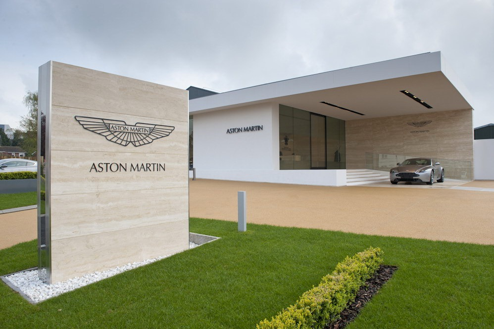 Aston Martin sold 37.5% stake to Investindustrial