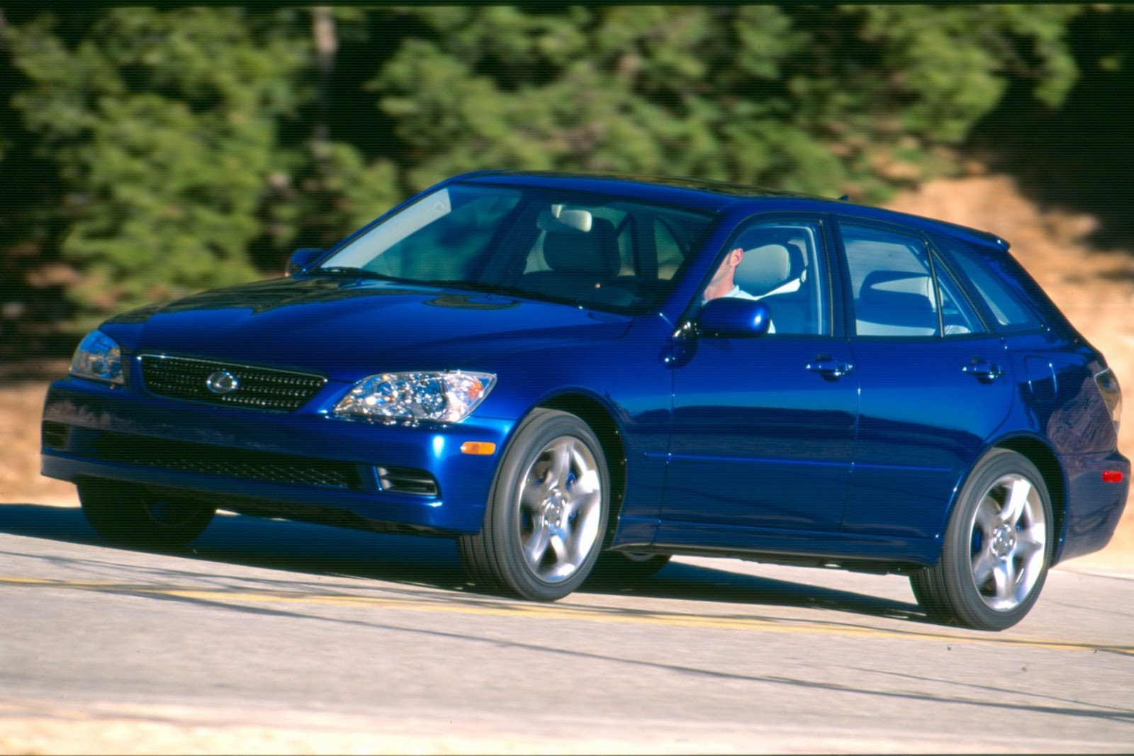 Lexus IS SportCross could be revived