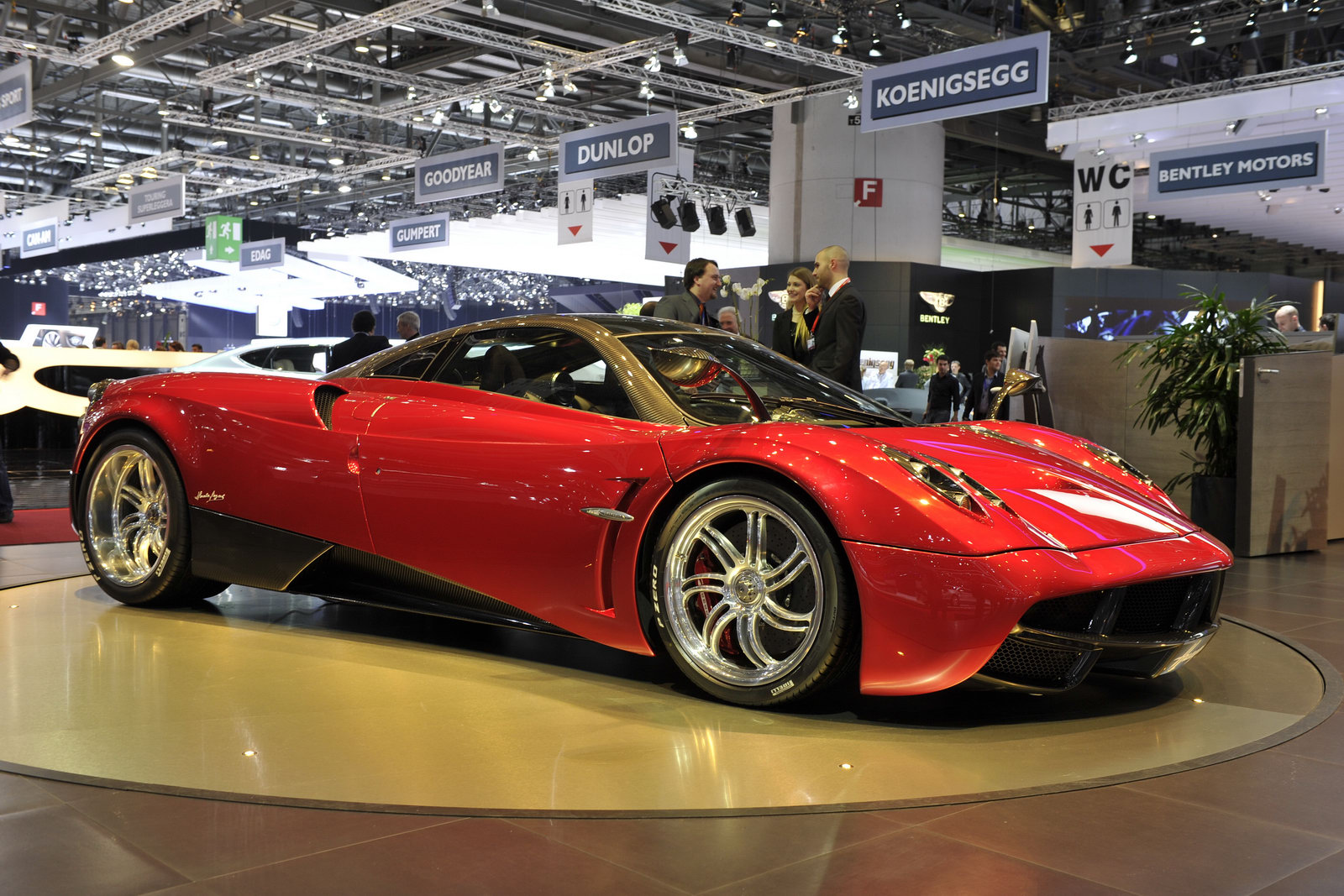 Pagani Huayra still not street legal in the US