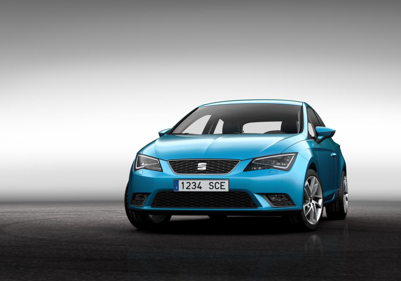Seat officially unveils the 2013 Leon Sports Coupe