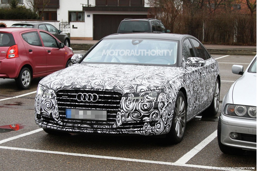 Audi prepares the A8 facelift, first spy shots available