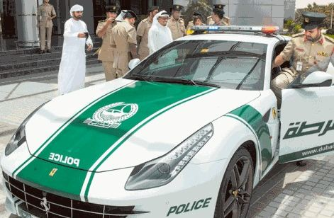 Dubai police force adds Ferrari FF to car lot