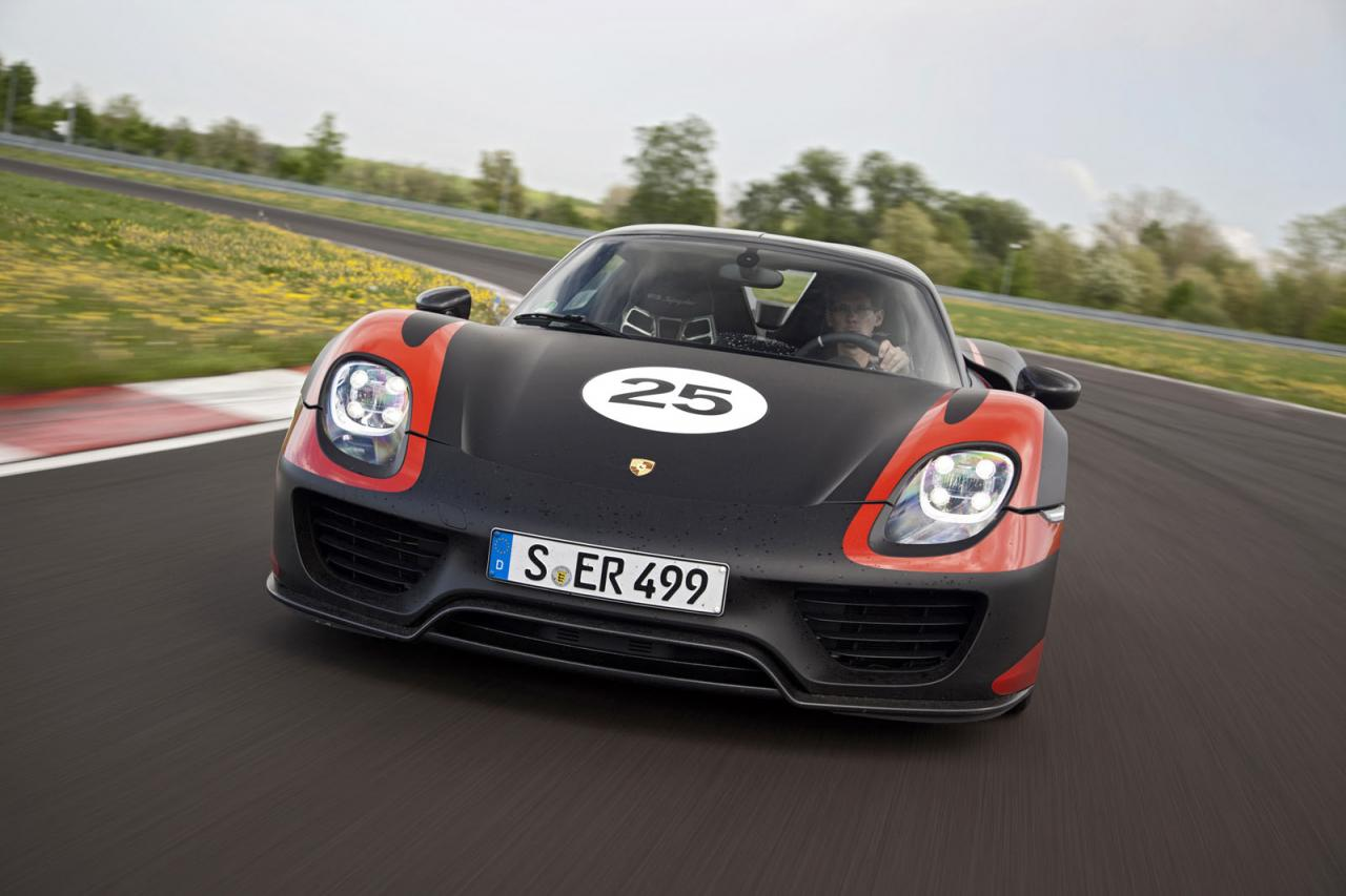 Porsche releases new info on the 918 Spyder