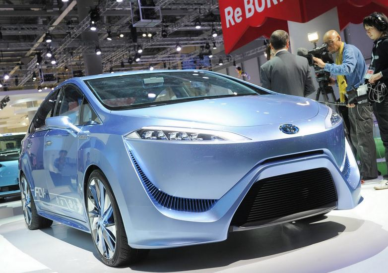 Toyota FCV-R will cost up to 100.000 USD